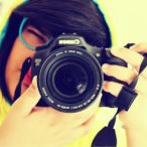 Raena Naghedinia's avatar
