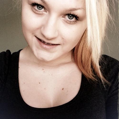Nicole Louise Rossiter's avatar