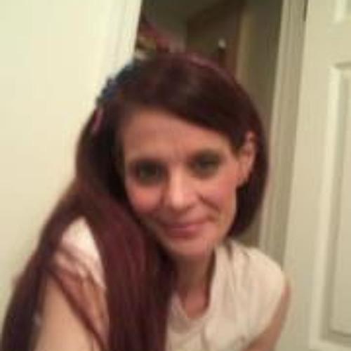 Dione Redondo's avatar