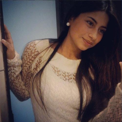 Constanza Paola's avatar