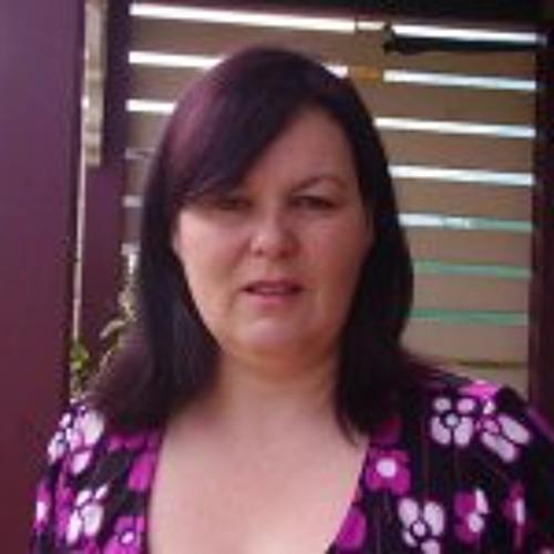 Caroline Bialek's avatar