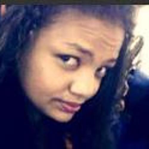 Esther Noemi Giron Flete's avatar