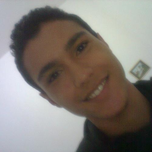 Douglas Santana 13's avatar