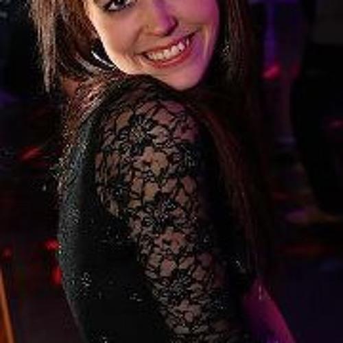 Amber Menker-vella's avatar