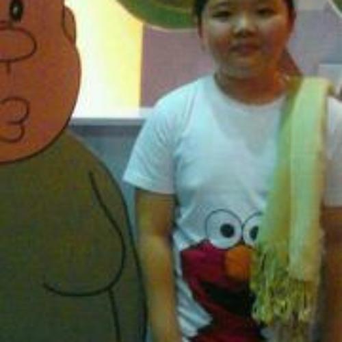 Winnie Loh's avatar