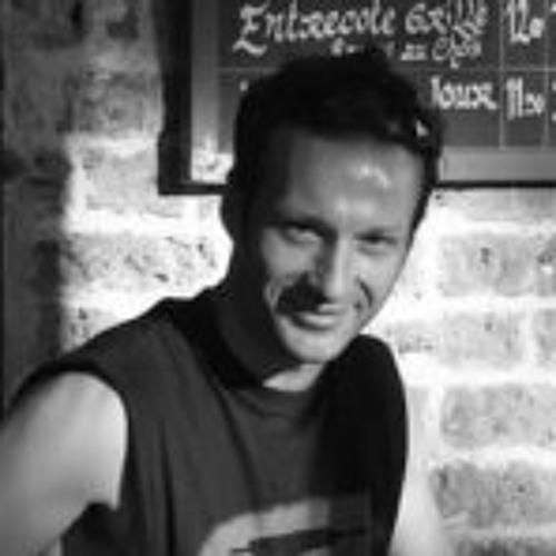 Arnaud Gérard 2's avatar