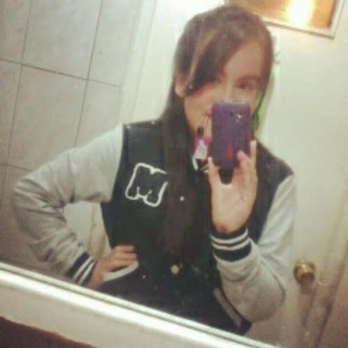 Yasna D' Bieber's avatar