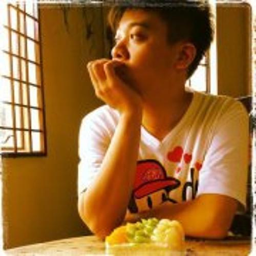 Matthew Lok's avatar