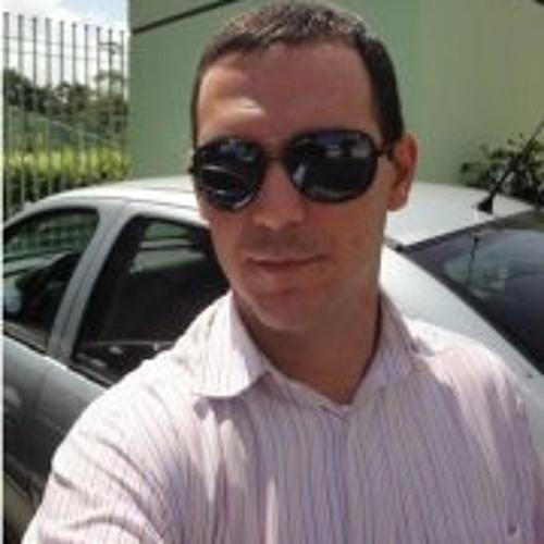 Robinson Romcy's avatar