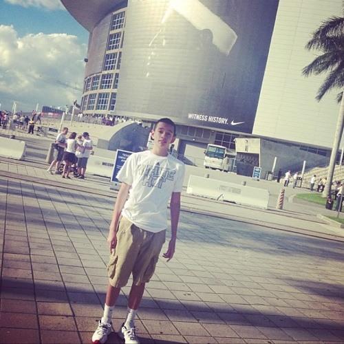 Gil_Romo15's avatar