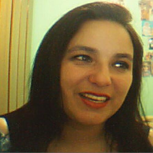 Renata Paganotti's avatar