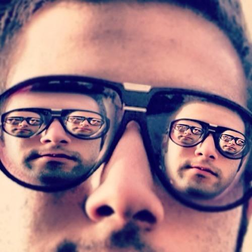 Pouya Khan's avatar