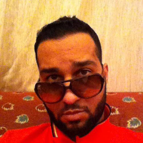 mahir bilarab's avatar