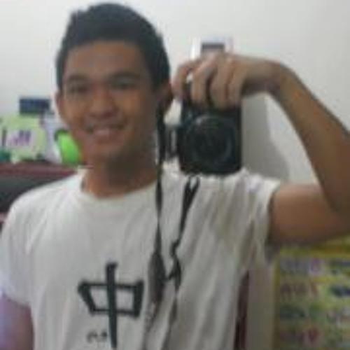 Mico Reyes's avatar