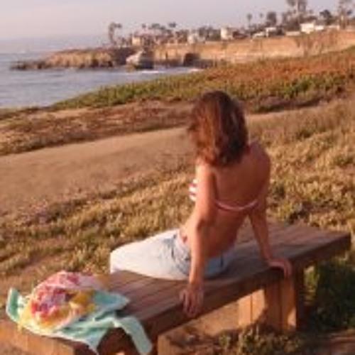 Lara Menzel's avatar