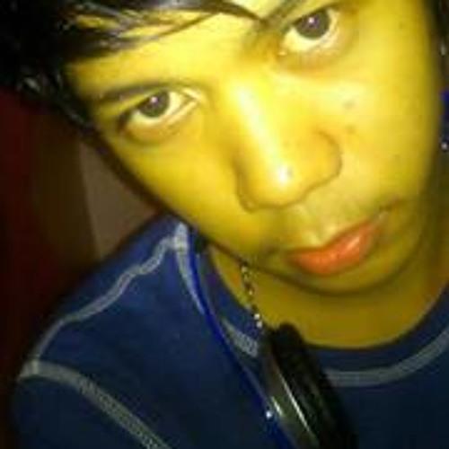 Daniel John Quina's avatar