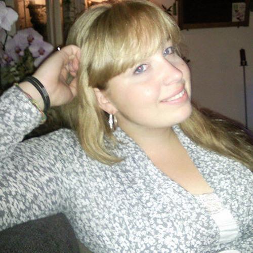 Lizz Elias's avatar