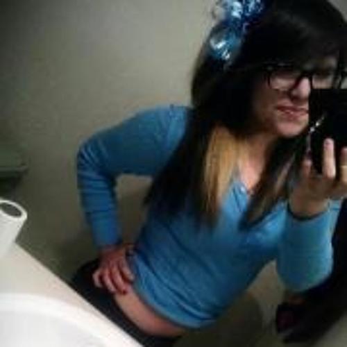 Daniela Trevino 3's avatar