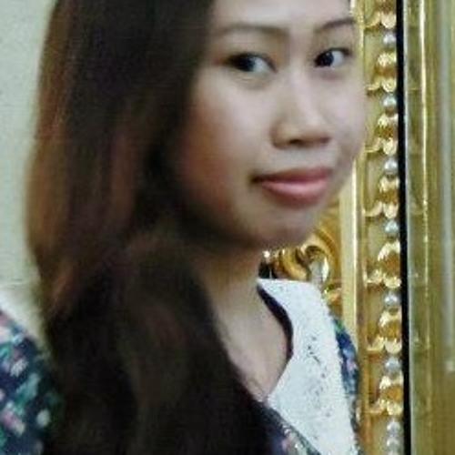 Carleen Astrid's avatar