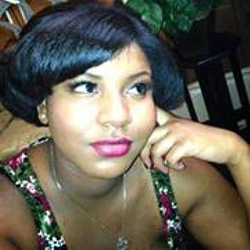 Sade Dumas's avatar