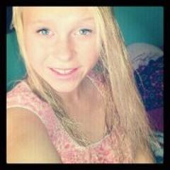 Samantha Reynolds 4