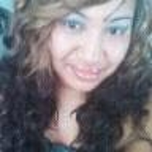 Wana Lyons's avatar