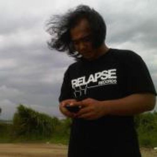 Faizal Fahmi's avatar