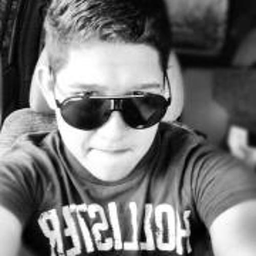 Junior Caballero 1's avatar