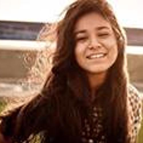 Ayesha Shariq's avatar