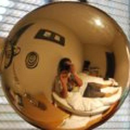 CarlosEsquivias's avatar