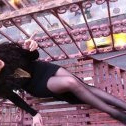 Parisa Amiri's avatar