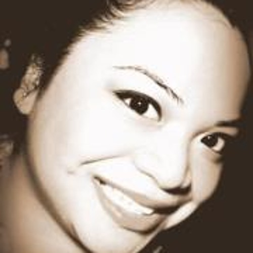 Christine Marcos's avatar