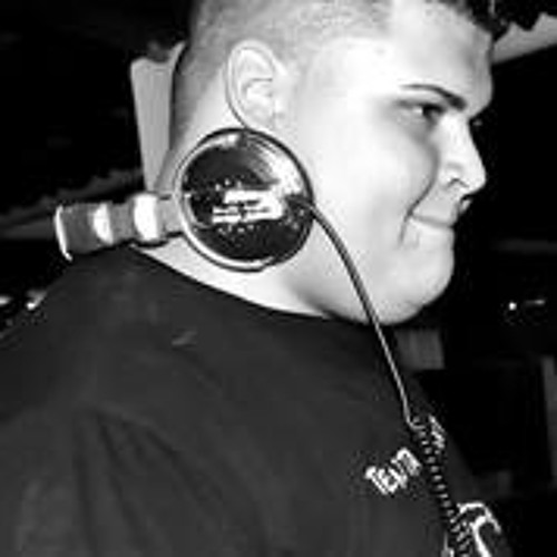 DeeJay Magnata's avatar