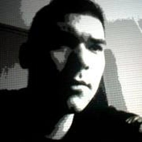 Carlos Villa 15's avatar