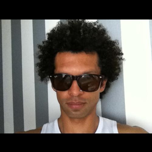 MUSICALIZING's avatar
