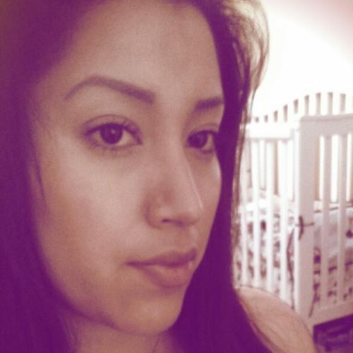 lovelyyesi's avatar