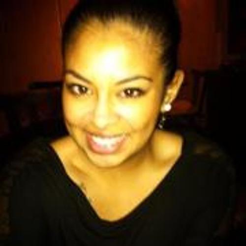 Mena Almanza's avatar