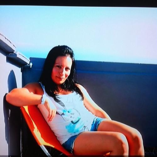 Mariana Henriques 2's avatar