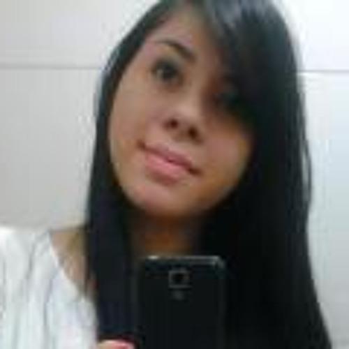 Layla Silva's avatar
