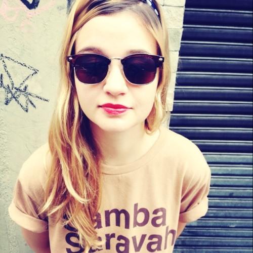 Camila Santa Rosa's avatar