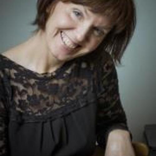 Alyona Svetushkova's avatar