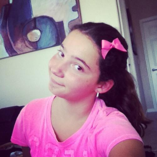 LuciaAlicea's avatar
