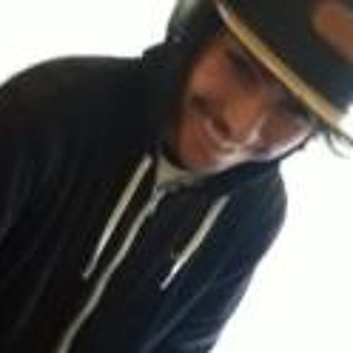 Michael Riv3rs's avatar