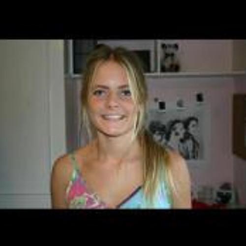 Bella_Roberts's avatar