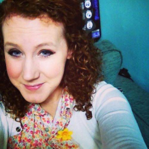 curlyemma's avatar