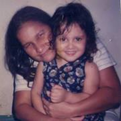 Ella Coutinho's avatar