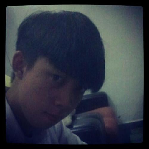 BloodPrince Lee's avatar