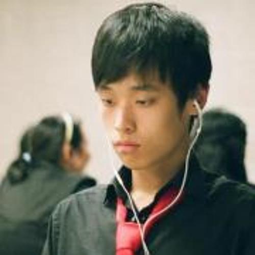 Daniel Yin 1's avatar