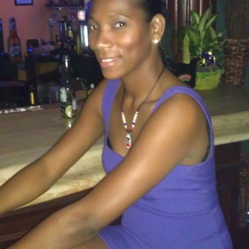 Celeste13's avatar