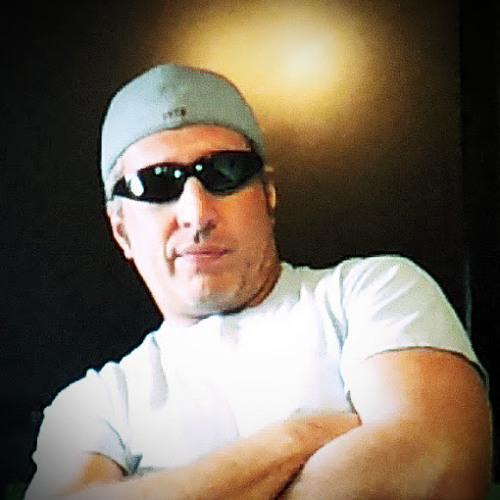 2Left's avatar